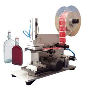 svsasl-semi-automatic-flat-bottle-labeling-machine-500x500